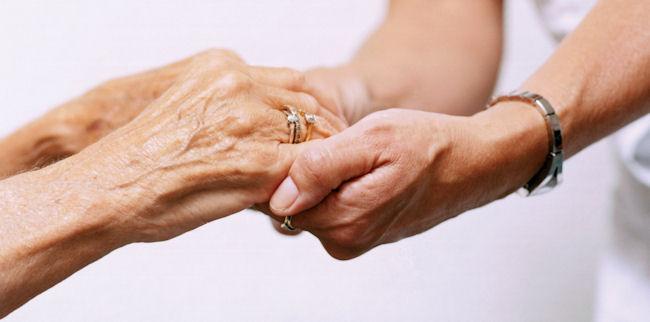 I campanelli d'allarme per riconoscere l'Alzheimer